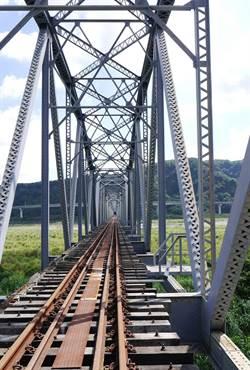 大安溪鐵橋成首例跨縣市文資  中市與苗栗縣府公告為古蹟