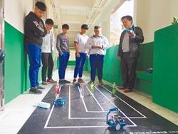 AI實驗班 機器人大賽揚威