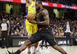 NBA》與鮑爾耳語被曝光 詹姆斯暴怒回嗆