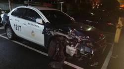駕駛贓車 男子衝撞警車遭逮