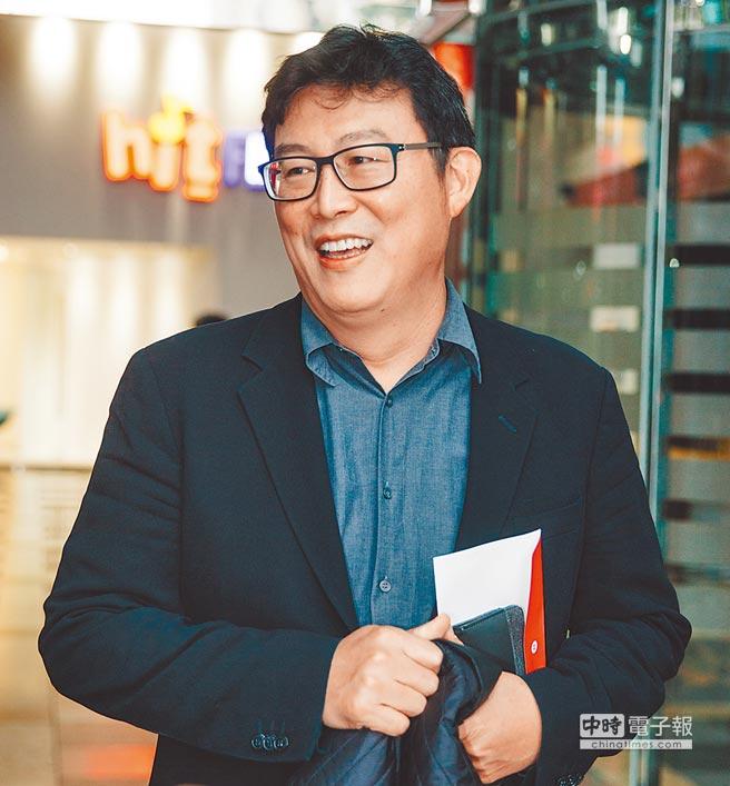 姚文智19日接受廣播節目專訪時表示,若民調輸給黨內同志,「我就退選」。(郭吉銓攝)