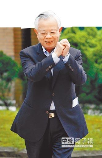 胡勝正︰彭淮南應續任2年