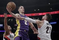 NBA》球哥受傷了!無緣耶誕大戰至少缺席1周