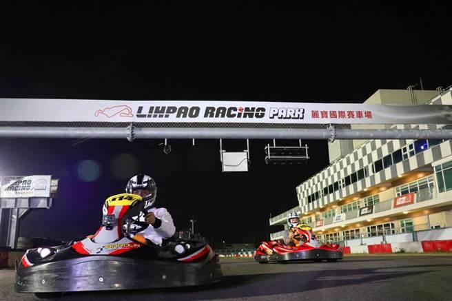 麗寶國際賽車場推出跨年夜跑。(麗寶樂園提供)