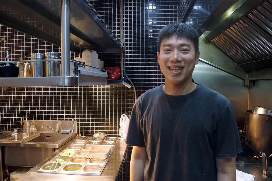 葉吏循的家人經營西門町〈黔園川菜〉,從小對料理美食即非常有概念。(圖/姚舜攝)