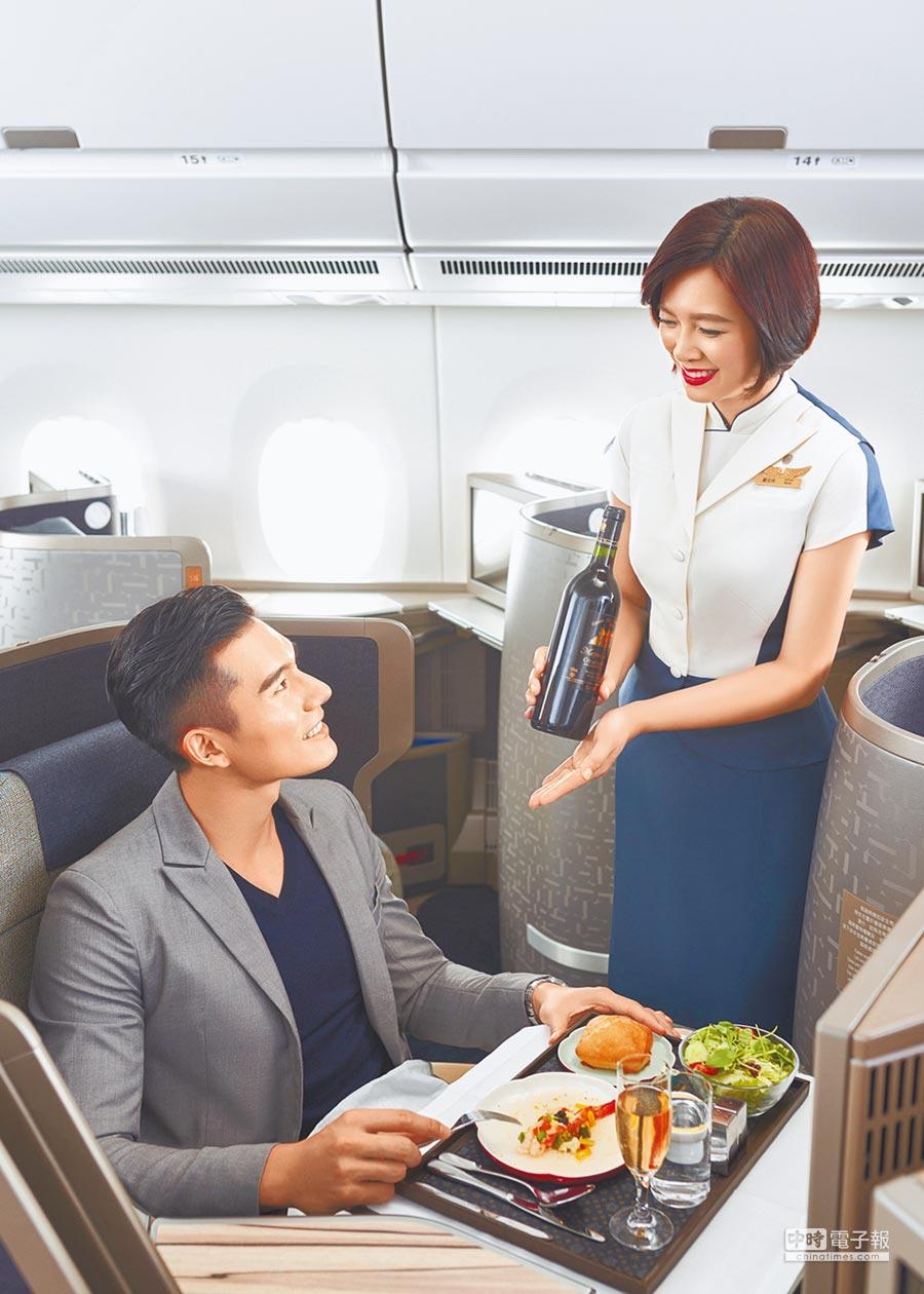 中華航空在《環旅世界》舉辦的調查中,5連霸奪「北亞最佳航空」。(華航提供)