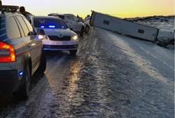 陸46人旅行團冰島車禍 1死12重傷
