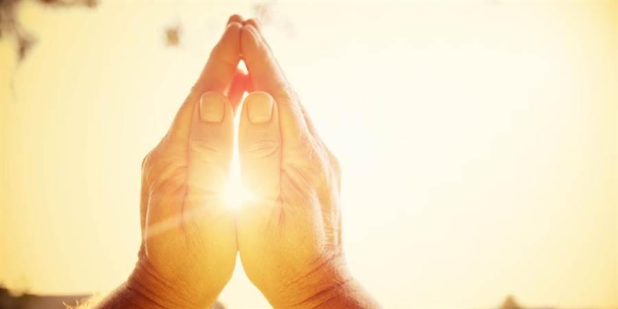 新年新希望總是落空?祖克柏教你5招聰明許願。(圖/達志影像)