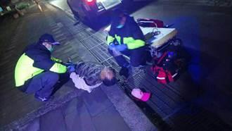 隨老闆金山送貨癲癇發作 男倒街頭沒人認識警急送醫