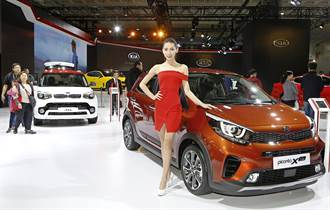 台北世界新車大展 酷車 美模聚人氣