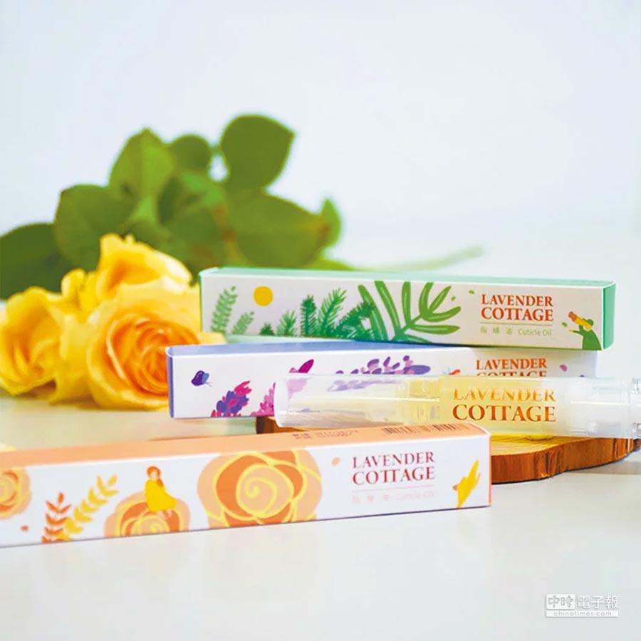 指緣油選用內含維生素E,及具保濕、柔軟肌膚效果極佳的白芒花籽油,並搭配自然花香或森林精油產品,有效撫平肌膚細紋。(森林島嶼提供)