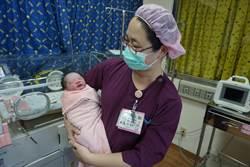 台中海線2元旦寶寶誕生 還有產婦待產中