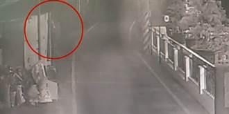 影》趴窗偷窺女性洗澡 色狼被逮否認有偷拍