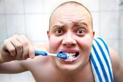 刷完牙吃東西都是苦的? 研究:因牙膏含有這成分