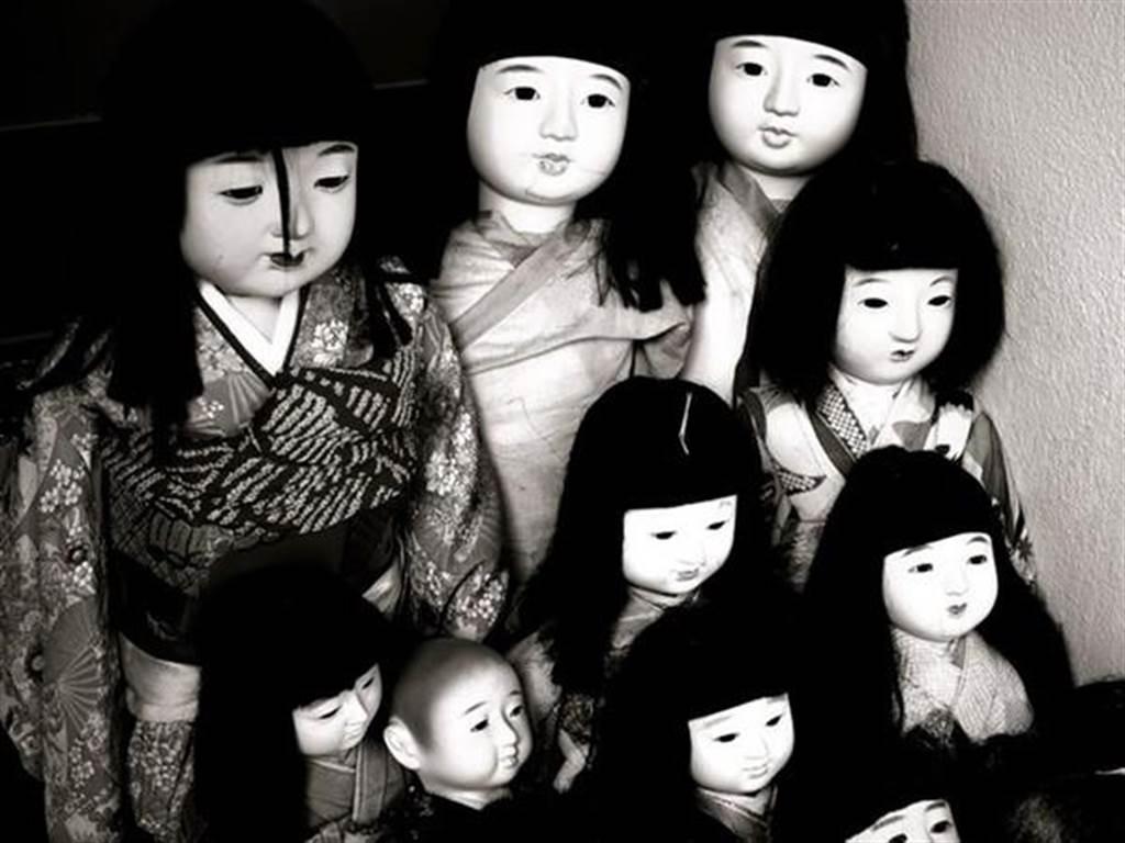 詭異的日本人偶,傳說中會隨著時間有自己的靈魂,若是來路不明的人偶還是盡量避免購買。(圖片/維基百科)
