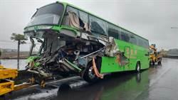 中山高拖板車打滑橫路中 統聯追撞釀1死4傷