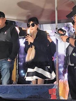 蔡秋鳳唱不出來想哭