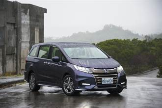 Honda ODYSSEY小改款 七人座休旅車開紅盤