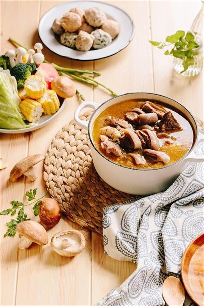 羅紹亨製作的年菜。(圖/羅紹亨提供)