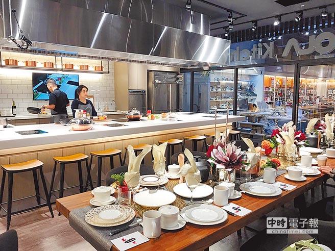 特力HOLA自去年廚藝課開課以來,已吸引逾萬人上課,且6成是女性,並帶動像是鍋具業績超過4成成長。圖/李麗滿
