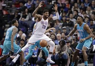 NBA》甜瓜熄火沒差 韋少領軍雷霆止敗