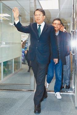顏純左登記民進黨市長初選