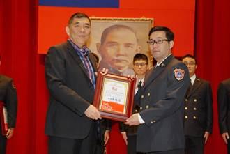人間菩薩 新北市消防局表揚年度績優英雄