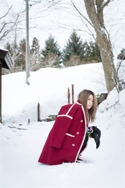 女歌手挑戰滑雪「摔到分手」 張智成四傻赴日鬧笑話