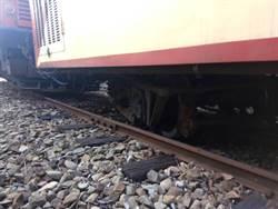 阿里山小火車出軌181位乘客平安無傷