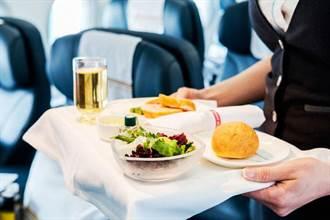 空姐上餐燙傷女模私處 韓亞航判賠350萬元