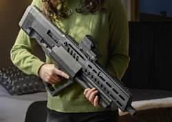Tavor TS12半自動霰彈槍 外型如同科幻電影