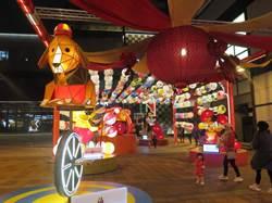 新光三越西門廣場提前感受年節喜氣 燈海成打卡新景點
