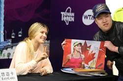 WTA台灣賽》美女布夏人氣超高 簽名會還加碼送