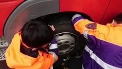 備戰寒流 桃園拉拉山消防隊為救災車安裝秘密武器