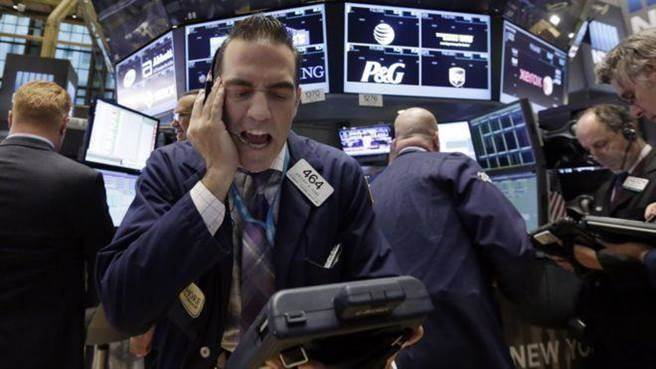 前美國Fed主席葛林斯潘示警,美國股債市都出現泡沫現象。(資料照/美聯社)