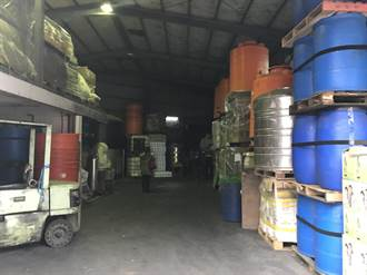 業者想趁年節大賺不肖財 11噸黑心紅酒險流入市面