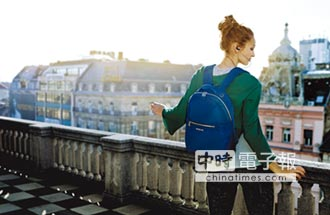 Samsonite RED 2018春夏新品女包登場