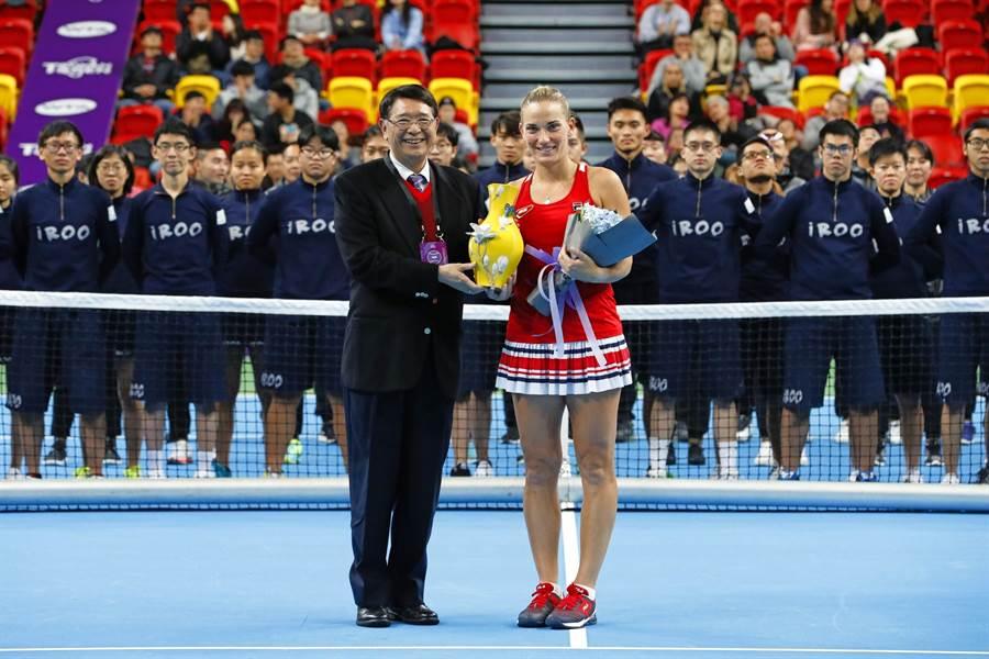 詹皓晴WTA臺灣賽女雙搭檔,匈牙利好手芭波絲女單奪冠(WTA台灣賽提供)