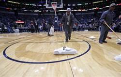 NBA》球館屋頂漏水!鵜鶘與溜馬之戰延期