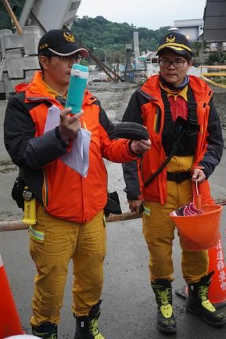 搶救雲翠最後7人 找到眼鏡保溫瓶 盼親友指認
