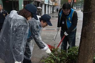國家清潔周啟動 環保署長李應元帶頭打掃