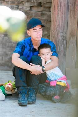 陳小春從虎爸變慈父 拉近與兒子距離「感覺很棒」