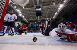 文在寅、金與正加油也沒用 南北韓女子冰球聯隊首戰遭瑞士8:0屠殺