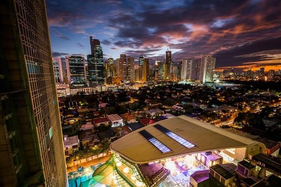 圖為菲律賓馬尼拉夜景。(達志影像/shutterstock提供)