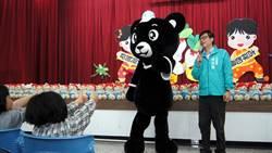 陳其邁訪兒童之家 關懷弱勢兒少同歡過新年