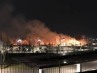 台灣燈會開幕隔日放煙火 引發熊熊大火、濃煙直竄
