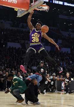 NBA》新科灌籃王米契爾兒時是詹皇鐵桿粉絲