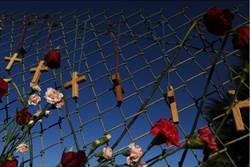 佛州槍擊倖存女學生問川普「到底收了擁槍團體多少錢」
