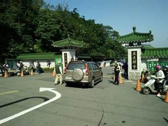 土城承天禪寺新春法會湧人潮 警交管籲多搭大眾運輸