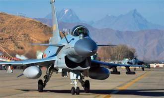 輾壓印度蘇30 陸西部戰區填補3.5代戰機空白
